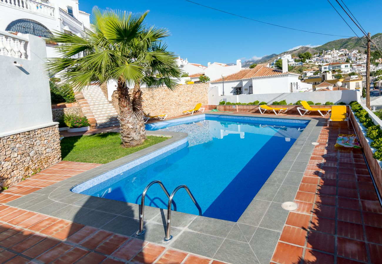 Apartment in Nerja - 2 Bedrooms | Alamar 1, nº3 | CG R1306