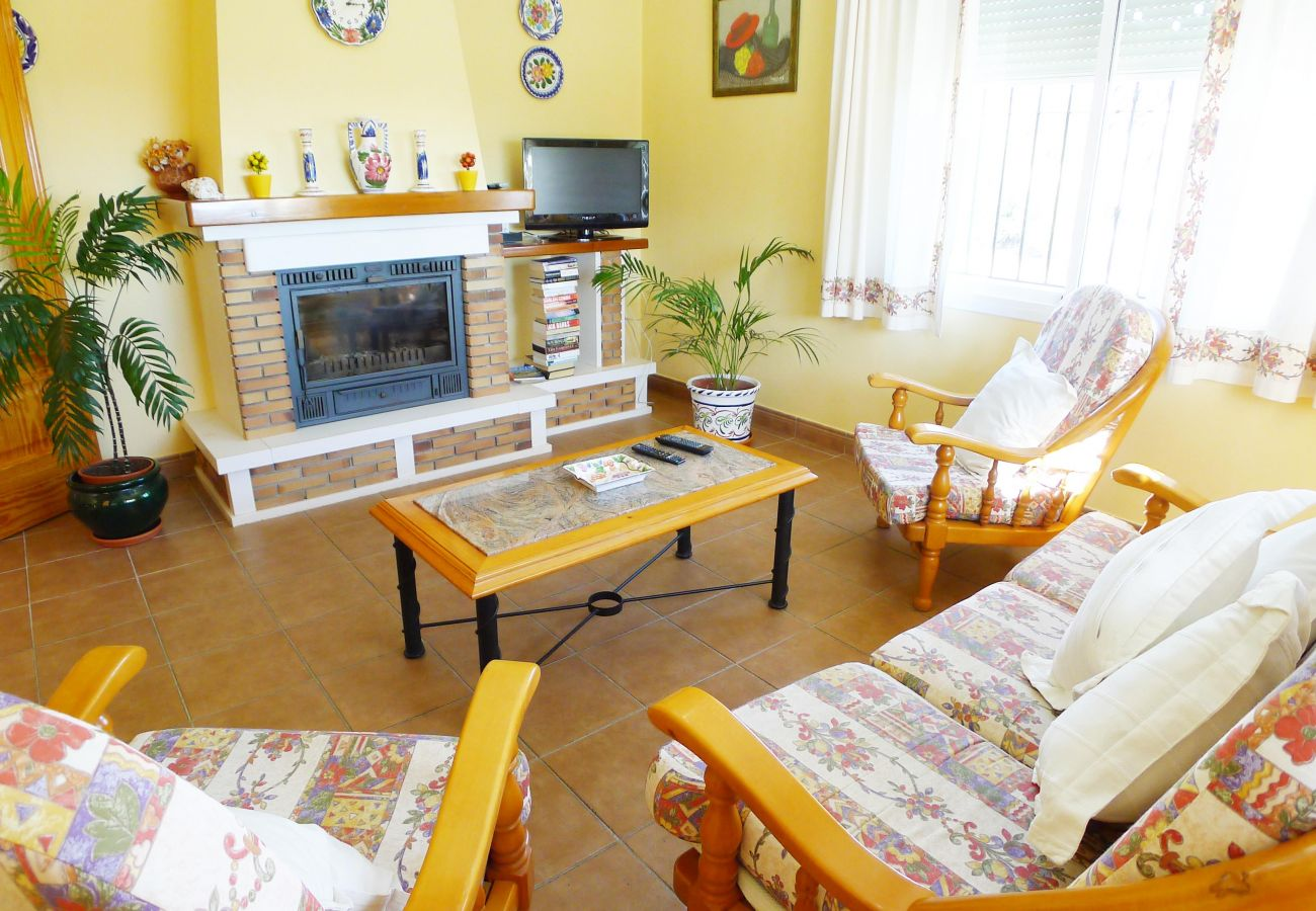 Villa in Nerja - 3 Bedrooms | Villa Isabel | CG R1033