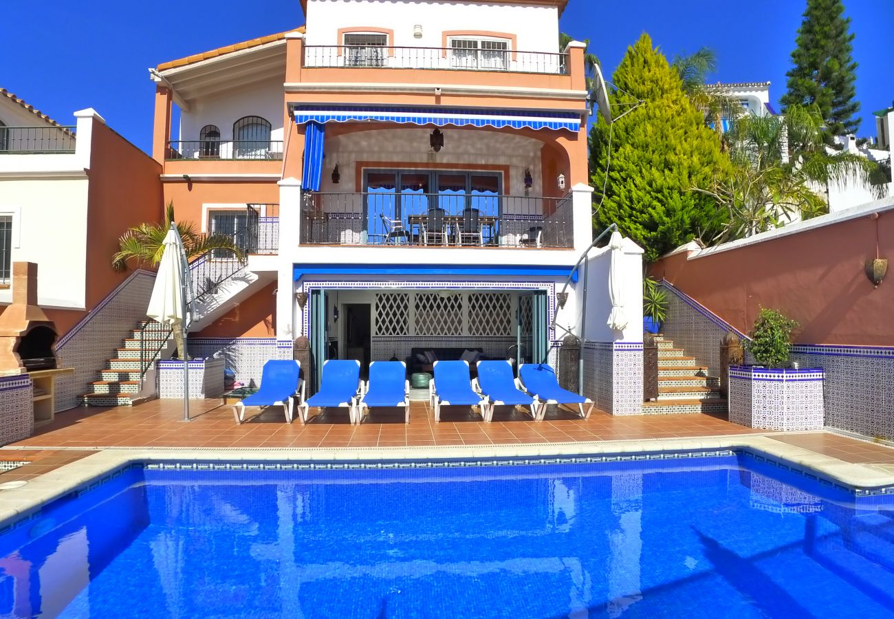 Villa in Nerja - 5 Bedrooms | Casa Wahl | CG R1029