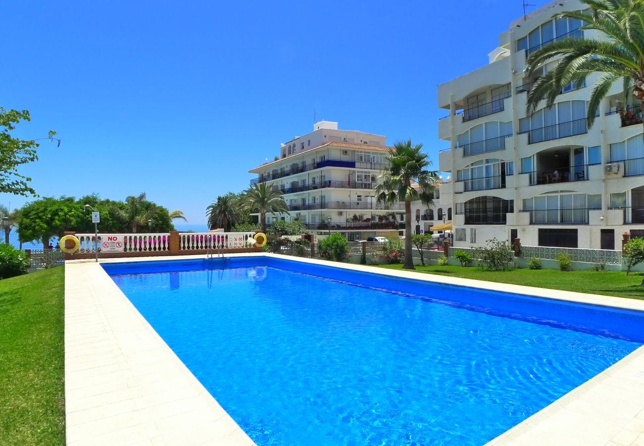 Apartment in Nerja - 2 Bedrooms | Carabeo | R1345